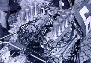 Nino Vaccarella V8-engine Ferrari 158